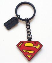 DC Heroes Přívěsek na klíče Superman Červeno žlutý