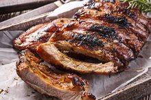 High Life Vepřová žebírka Premium BBQ (selečí) cca 0,5kg cena je za 1 kg