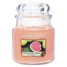 Yankee candle Svíčka ve skleněné dóze Yankee Candle Lahodná kvajáva, 410 g