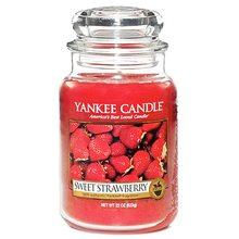 Yankee candle Svíčka ve skleněné dóze Yankee Candle Sladké jahody, 623 g